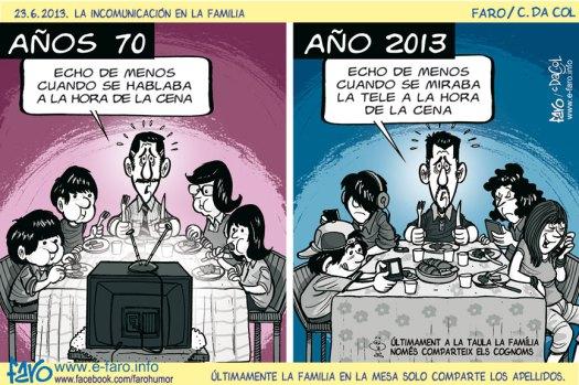130623.cena.incomunicacion.familia.tele.movil.iphone.anos.70.2013